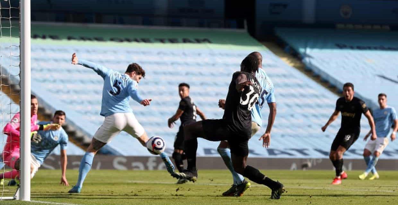 Porażka mimo dobrej postawy. Man City 2:1 West Ham [SKRÓT MECZU]