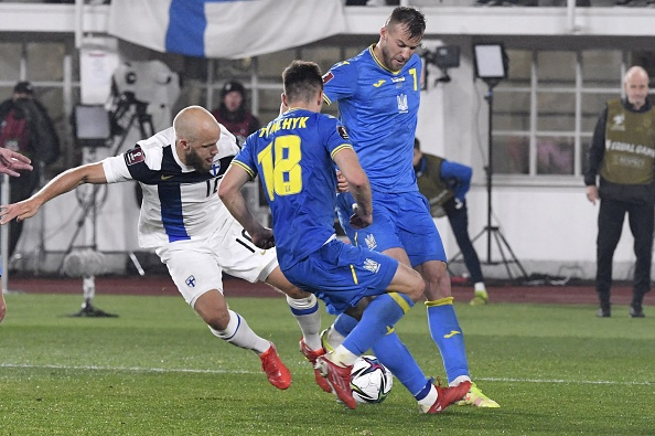 El Mistrzostw Świata: Finlandia vs Ukraina. Czy to brat bliźniak Andrija Jarmołenki?